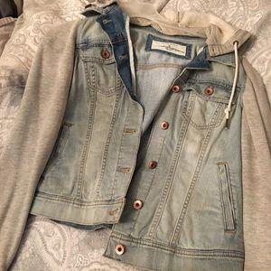 Jackets & Blazers - Jean jacket with hoodie and sleeves